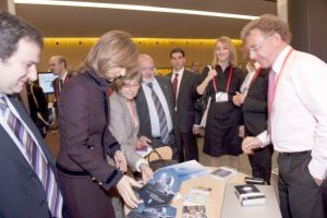 The Spanish Science and Innovation Minister Cristina Garmendia visits the EIROforum stand